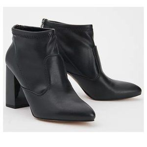 NEW Franco Sarto Kortney Bootie Black Faux Leather